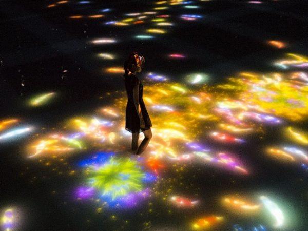 PETER WEIBEL: Messages of Light :: Light as Information